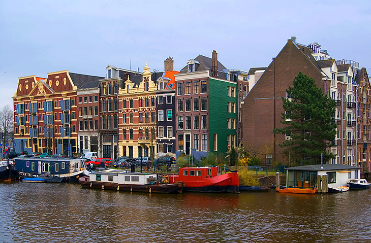 Traditional houses and canal